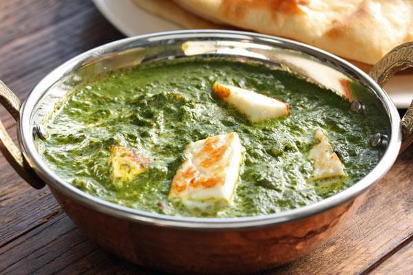 Palak Paneer - Spinat-Curry mit Indischem Frischkäse