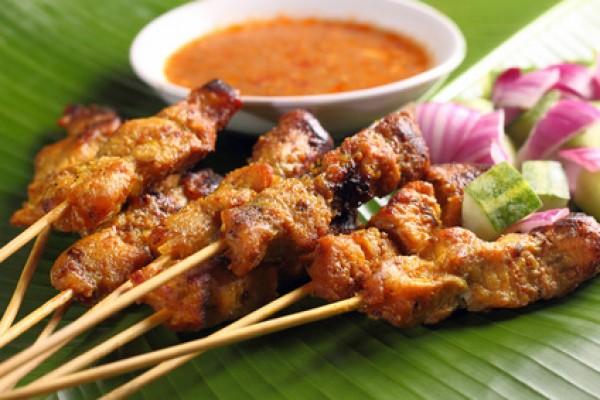 Indonesisches Hähnchen-Satay (Saté)