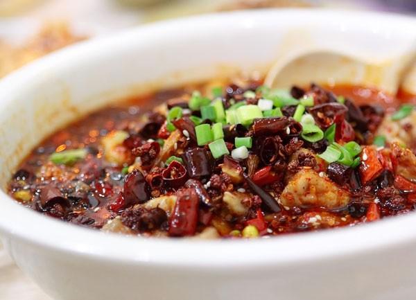 Scharfer Szechuan-Fisch - Shui Zu Yu